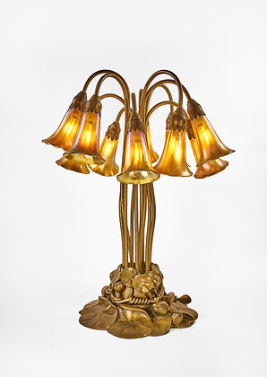 """""""10 Light Pond Lily"""" Table Lamp"""