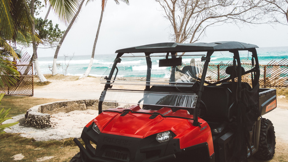 ATV Exploring San Andres, Colombia