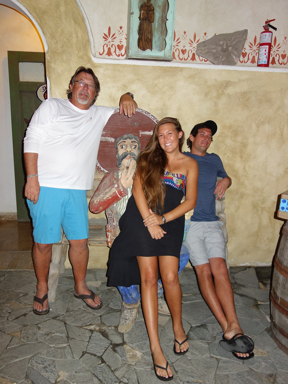 Puerto Los Cabos Art with Family