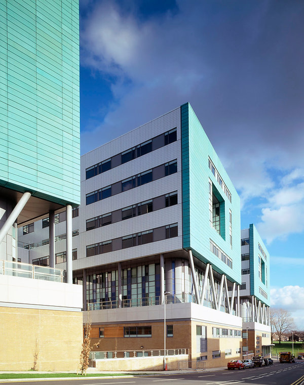 st-james-hospital-leeds_bexley-wing_ext0