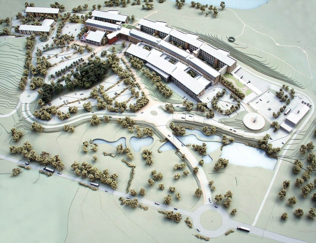 ACUTE HOSPITAL FOR THE SOUTH, ENNISKILLEN, 2012 Linear Garden prototype