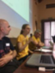Интерсекс акивистка из Интерсекс России выступает на конференции