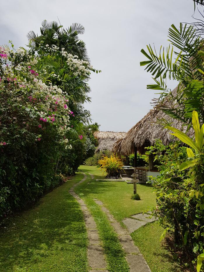 Kariwak Village