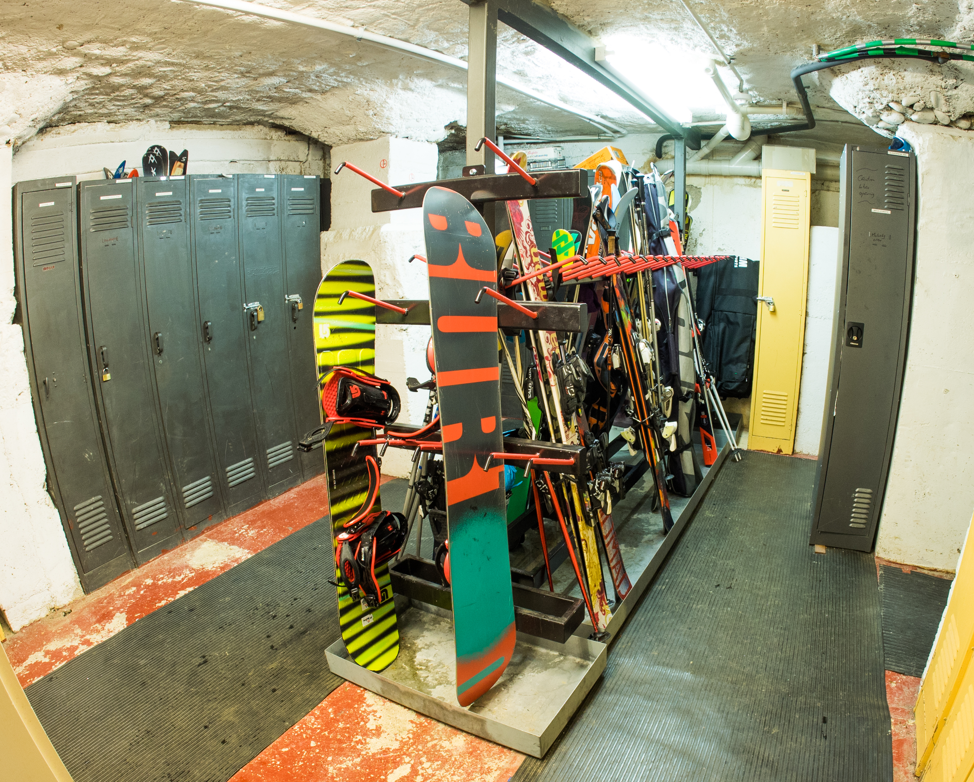 Ski and boot room