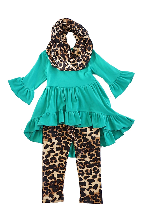 Teal Tunic Shirt and Leopard Pants
