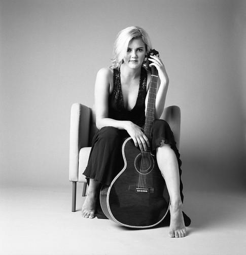 Laura Jakowenko - Musician