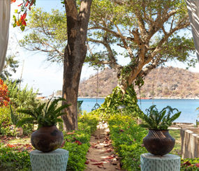 monkey-bay-beach-lodge-malawi.jpg