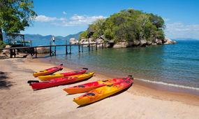 kayak-africa-malawi.jpg