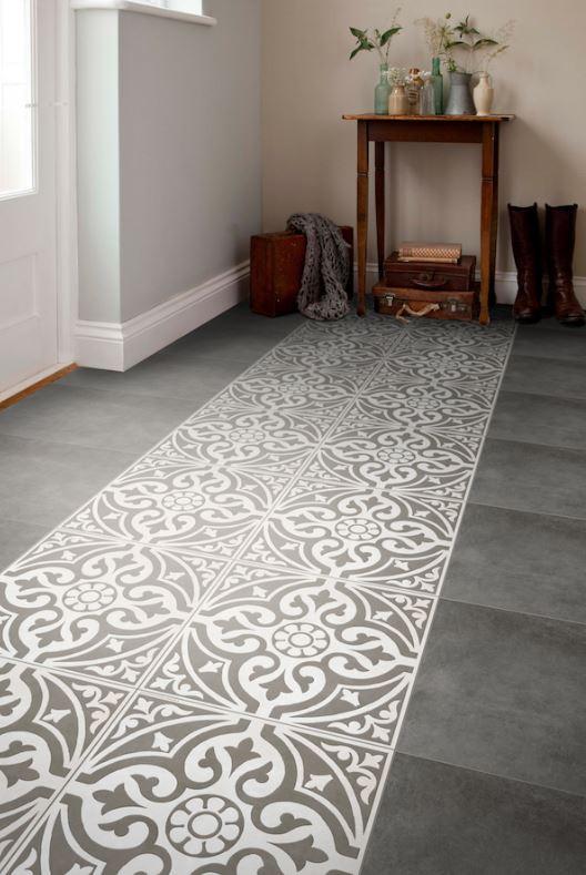 feature floor.JPG