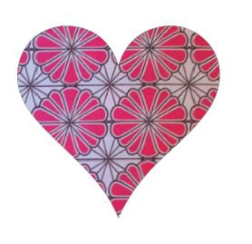 Heart pin board - 'pink daisy'