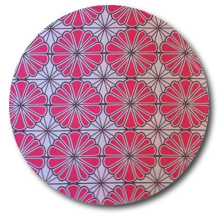 Circle pin board 'pink daisy'