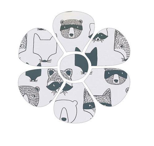 Flower pin board - 'critters'