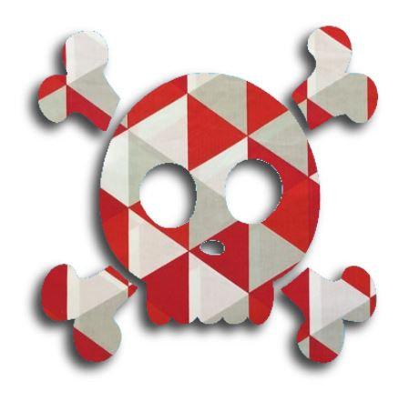 Skull & Crossbones pin board - 'tri'