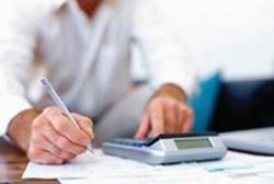 accountant-at-work.jpg