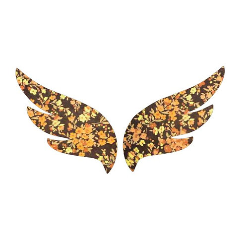 Pair of wings pin board 'spring fever'