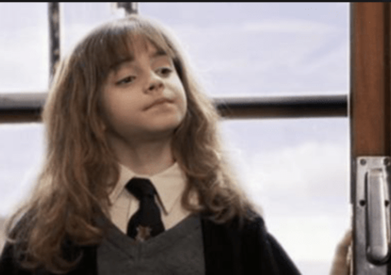 the best way to introduce a secondary character - make them smart, like Hermione
