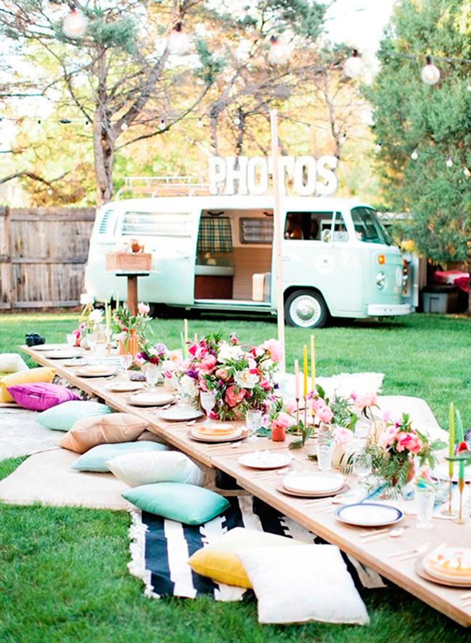 picnic bridal party