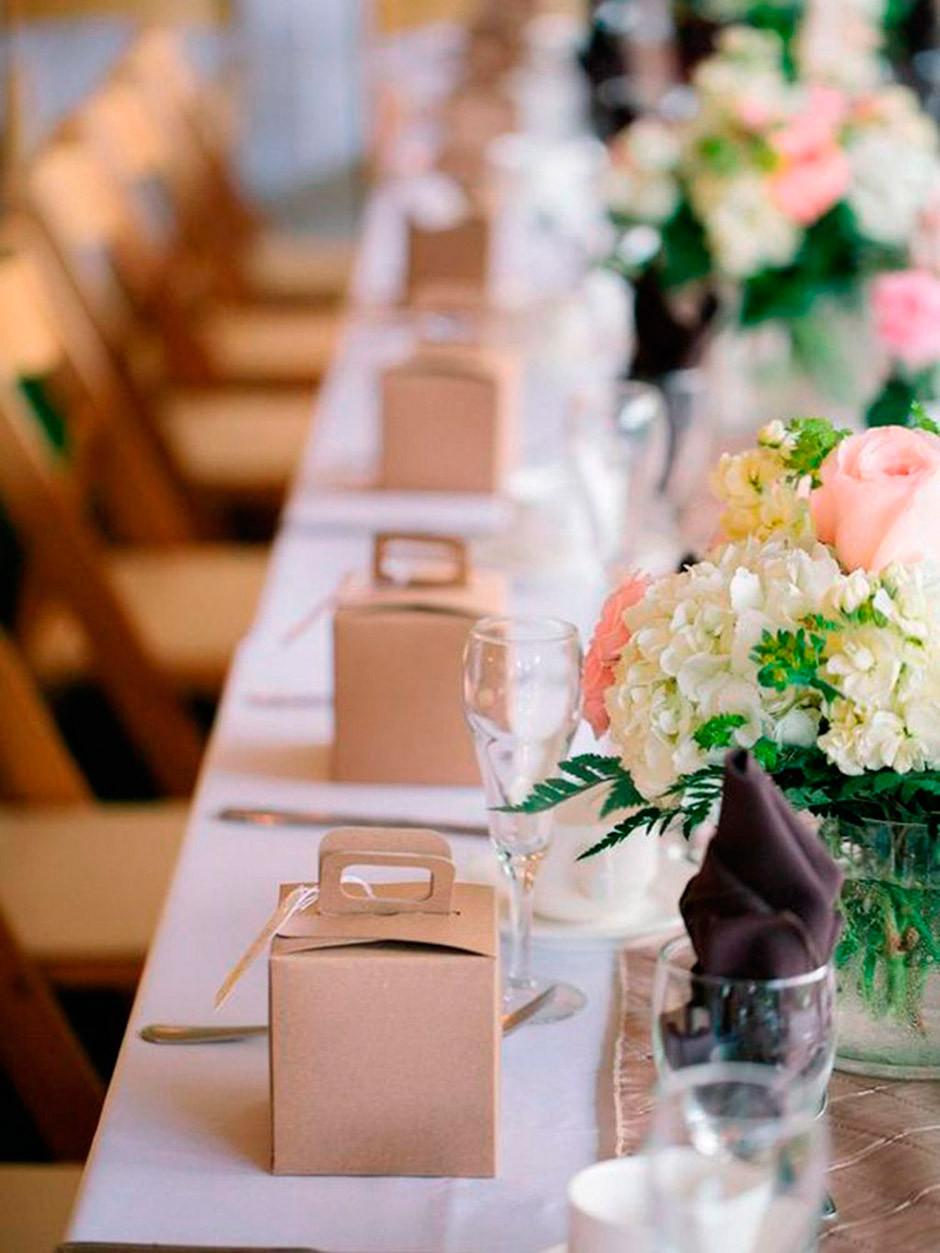 recordatorio en mesa boda