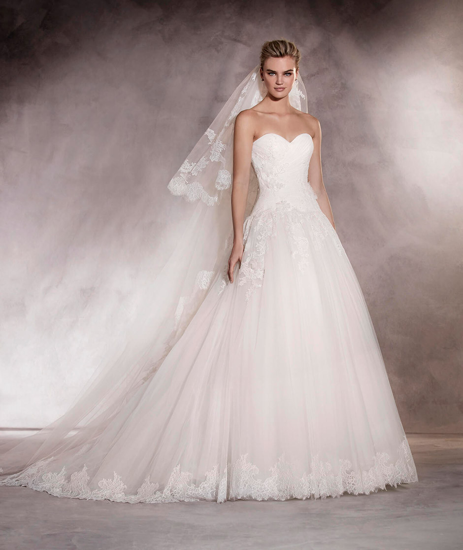 vestido novia corta a