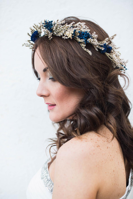 tocado novia azul y blanco