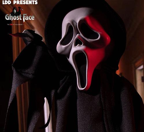 Mezco x Living Dead Dolls – Scream Deluxe Ghostface