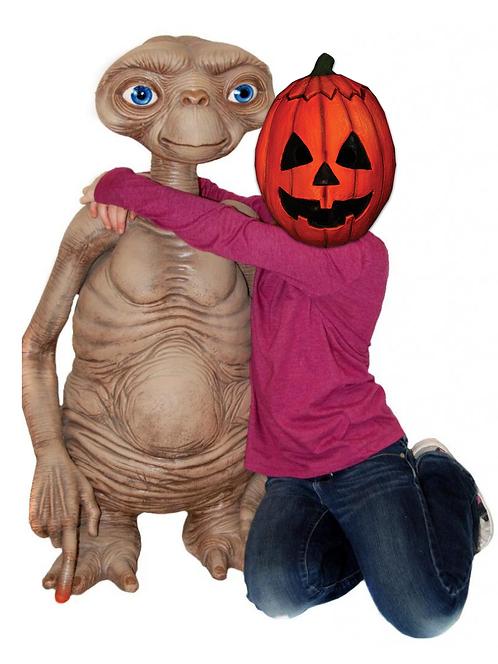 """NECA E.T. The Extra-Terrestrial – E.T. 35"""" Prop Replica"""