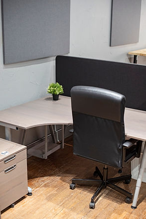 Lebanon Personal Desk