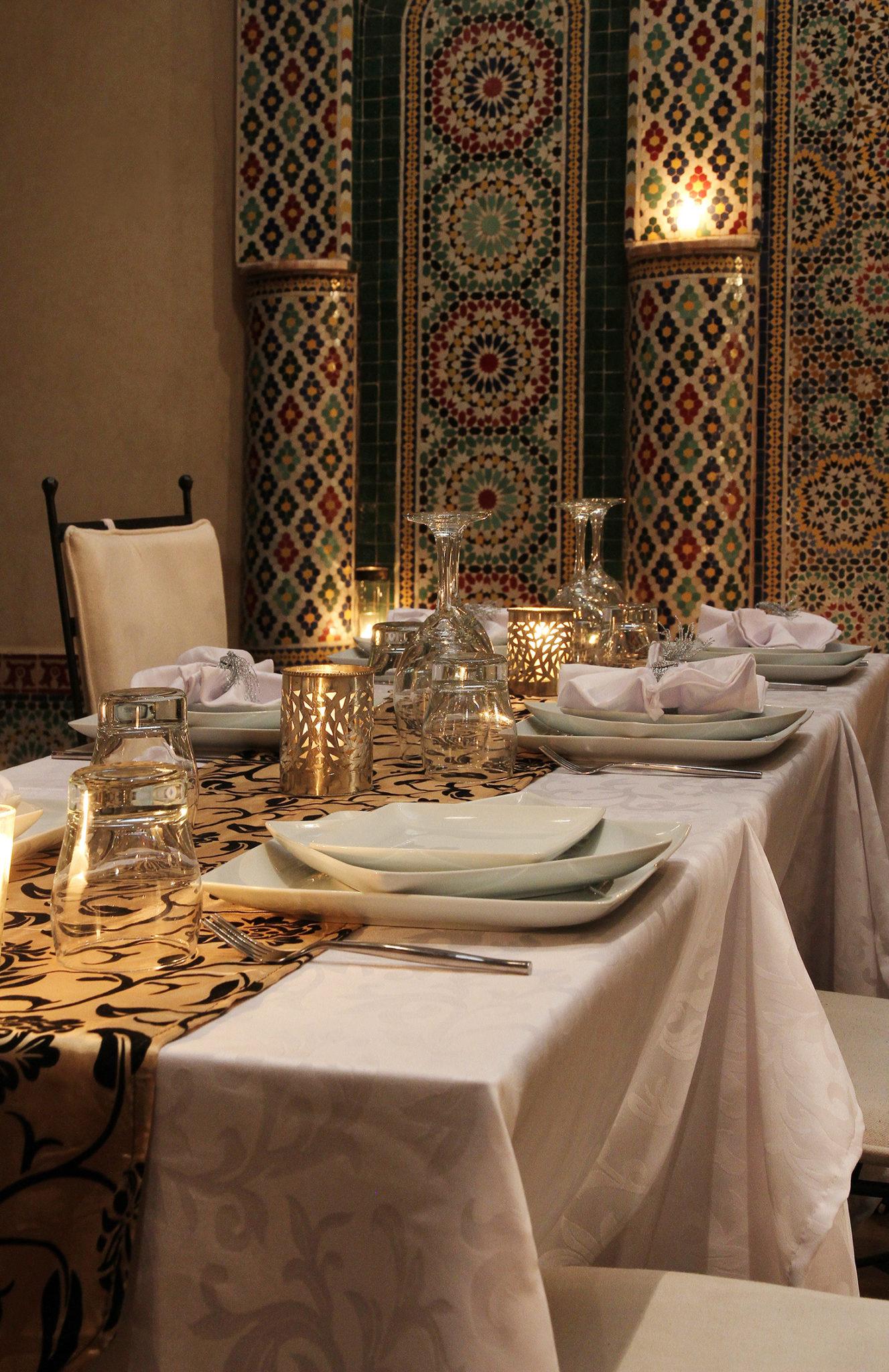 salle a manger maroc.jpg