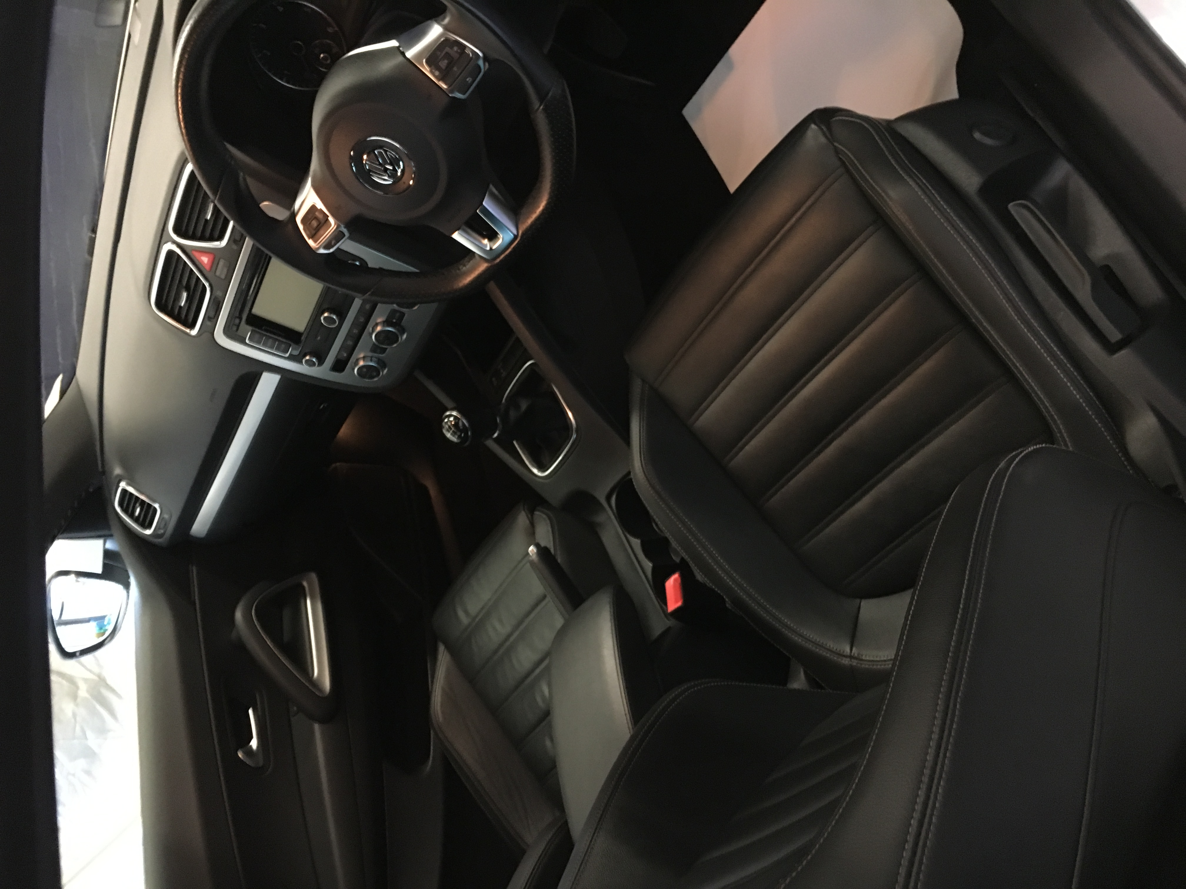 VW Sirocco Inside