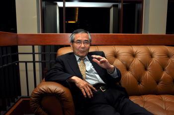 スクープインタビュー 2010年ノーベル化学賞 根岸英一教授「東大の先生は買収されている」 週刊現代 2011年5月21日号