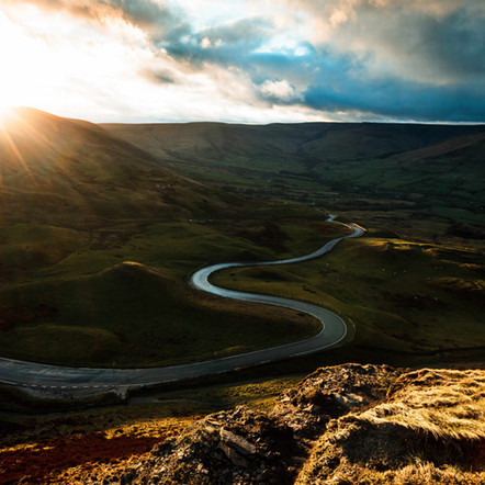 The Most Beautiful Areas of the Peak District, Ideal for Hiking and Photography