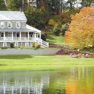 CountryHouse.jpeg