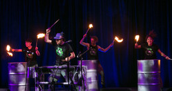 Fire drumming (2)
