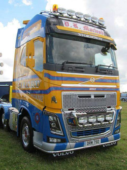 DR Macleod Volvo DRM 750