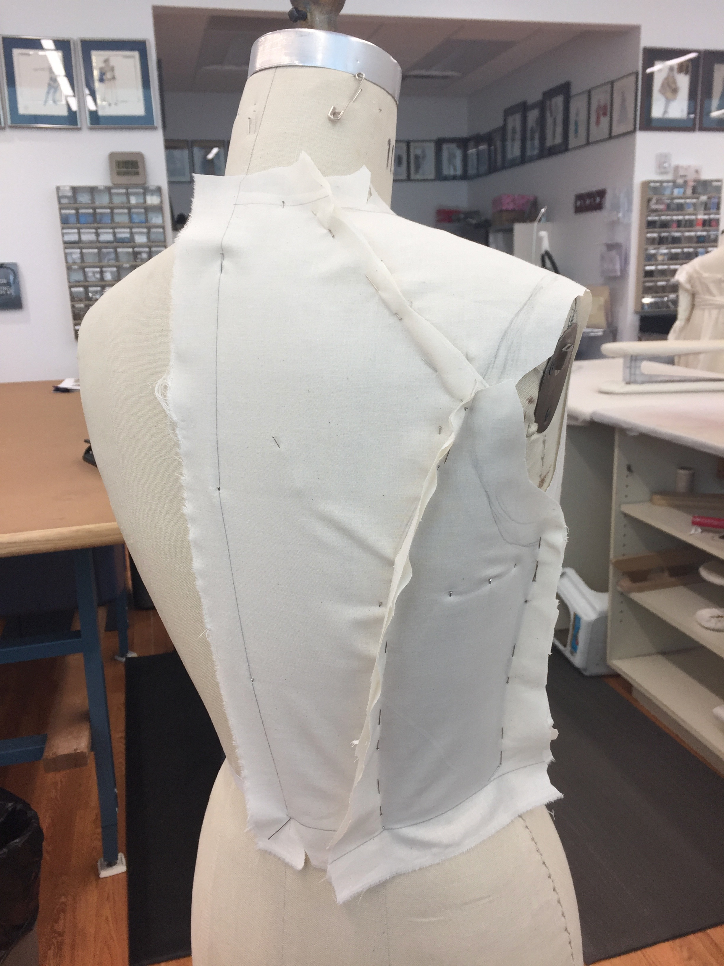 Drape For Jacket Center Back