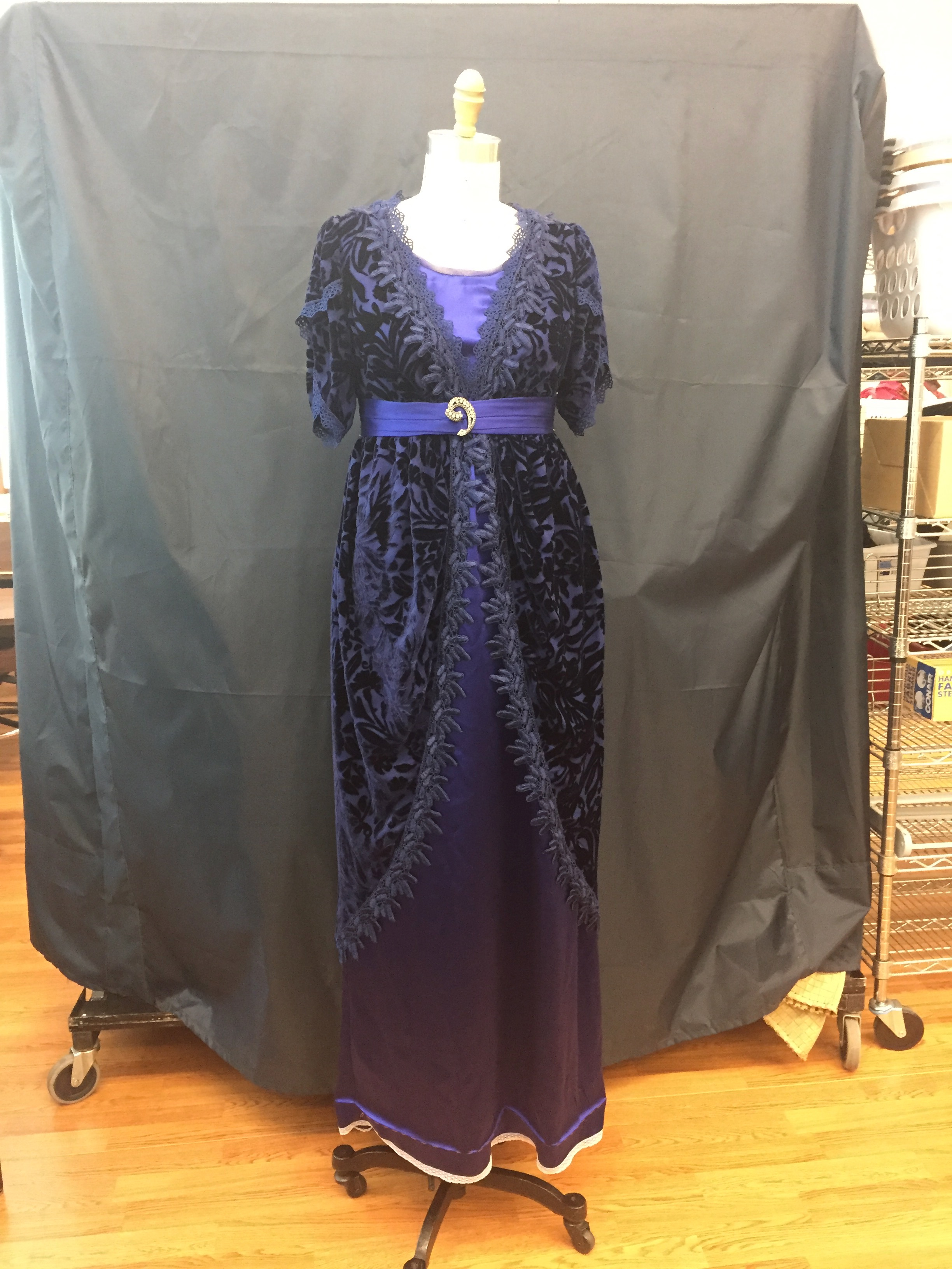 Overdress and Underdress