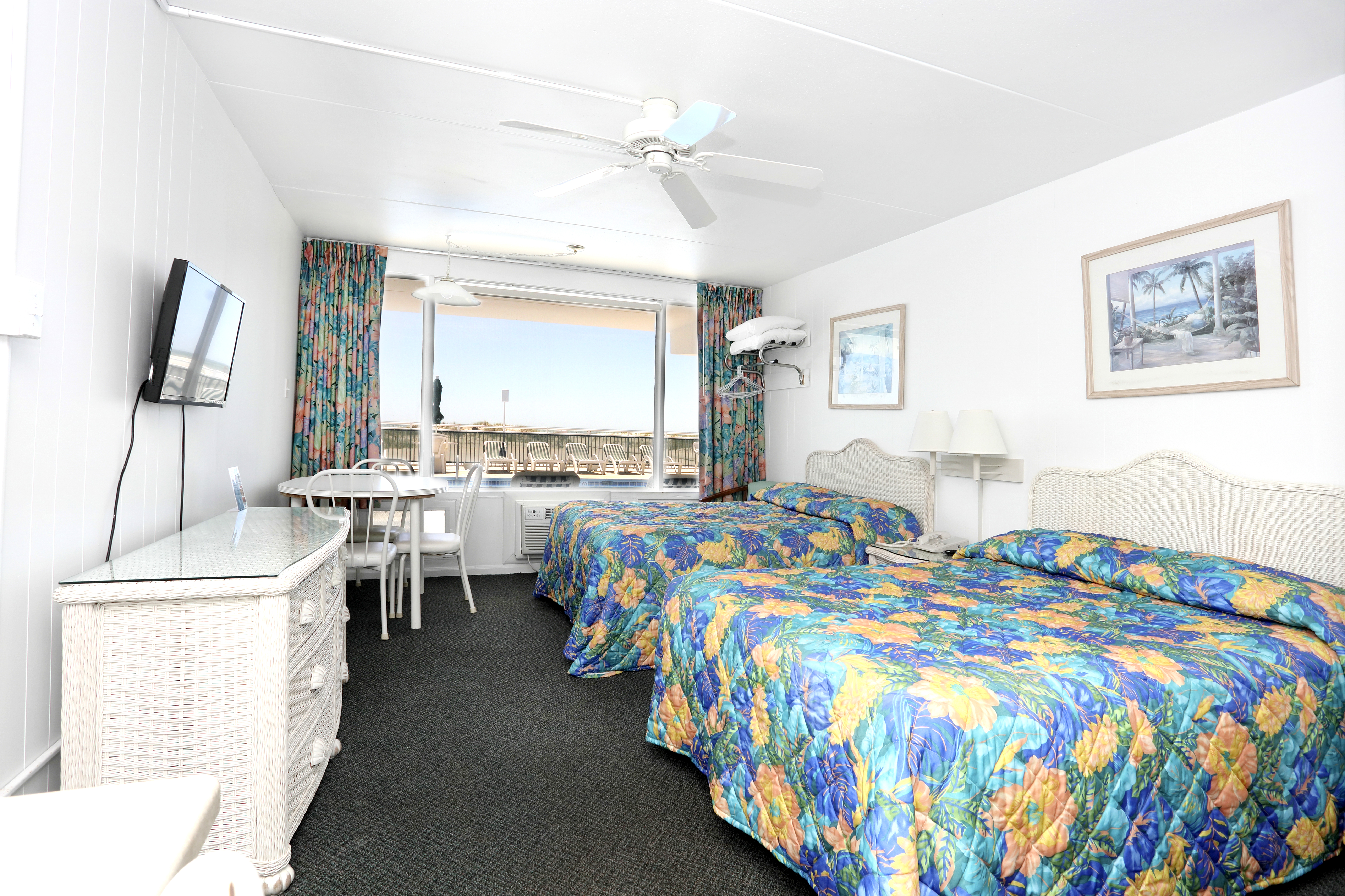 Commander Motel in Wildwood Crest NJ