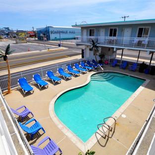 Stardust Motel in Wildwood pool area.jpg