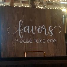 Wood Favors Sign