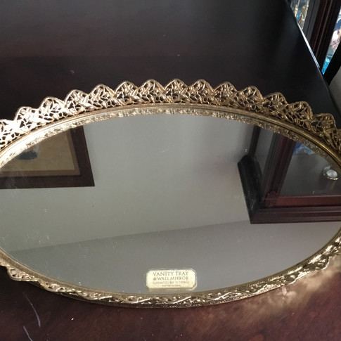 Assorted mirrored trays