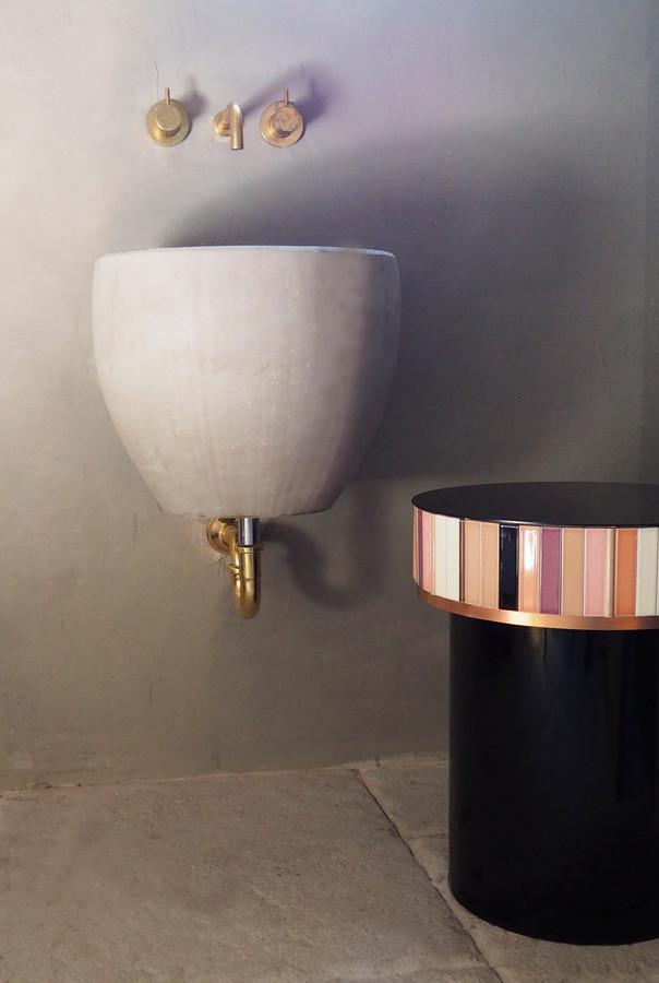 Pink ceramic tile table diameter: 42 cm height: 51.5 cm