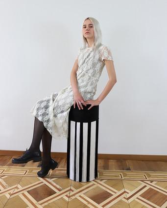 bar stool white line model.jpg