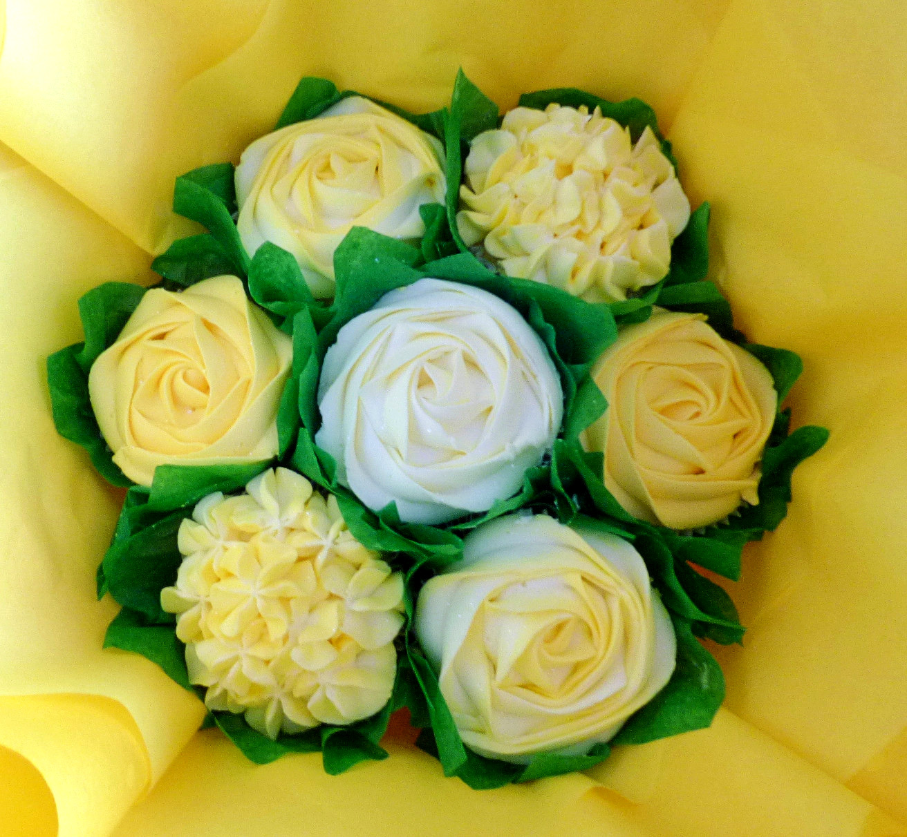 Small Yellow & White Cupcake Bouquet