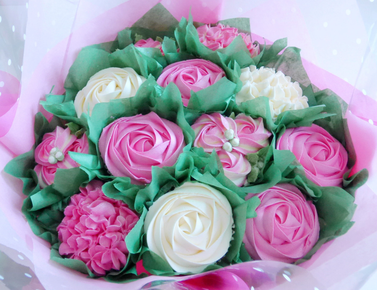 Cerise Pink & White Large Cupcake Bouquet