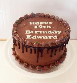 Chocolate & Salted Caramel Drip Cake