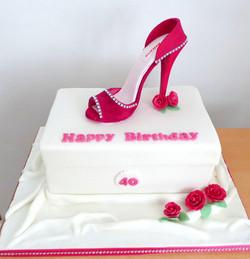 HighHeel Shoebox Cake
