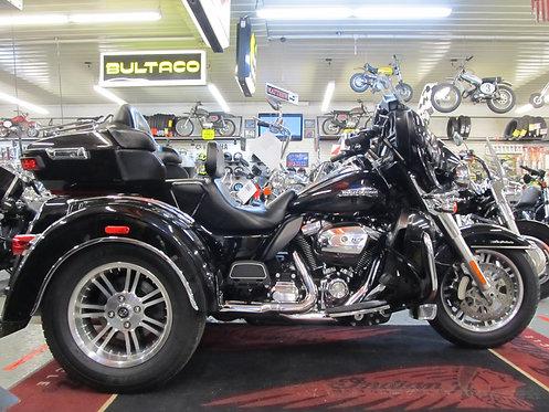 2018 Harley FLHTCUTG Tri Glide Ultra