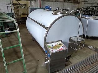 Охладитель молока 3000 литров