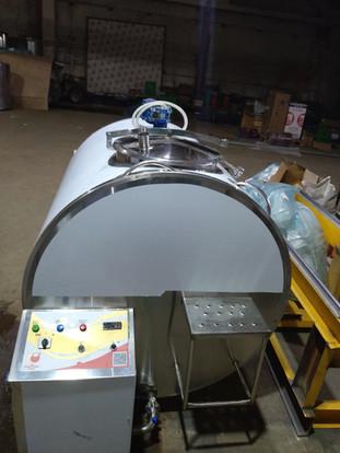 Охладитель молока на 1000 литров.jpg