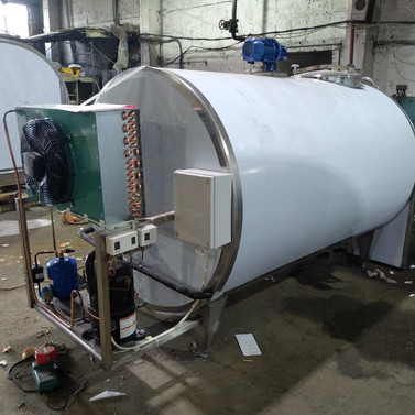 Охладитель молока на 2000 литров